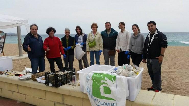 Mejoremos nuestras playas fuera pl sticos - Plastics blanes ...
